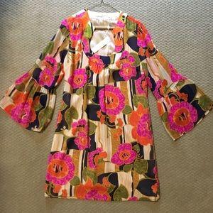 Trina Turk Dresses - Trina Turk Bell Sleeved Floral Dress
